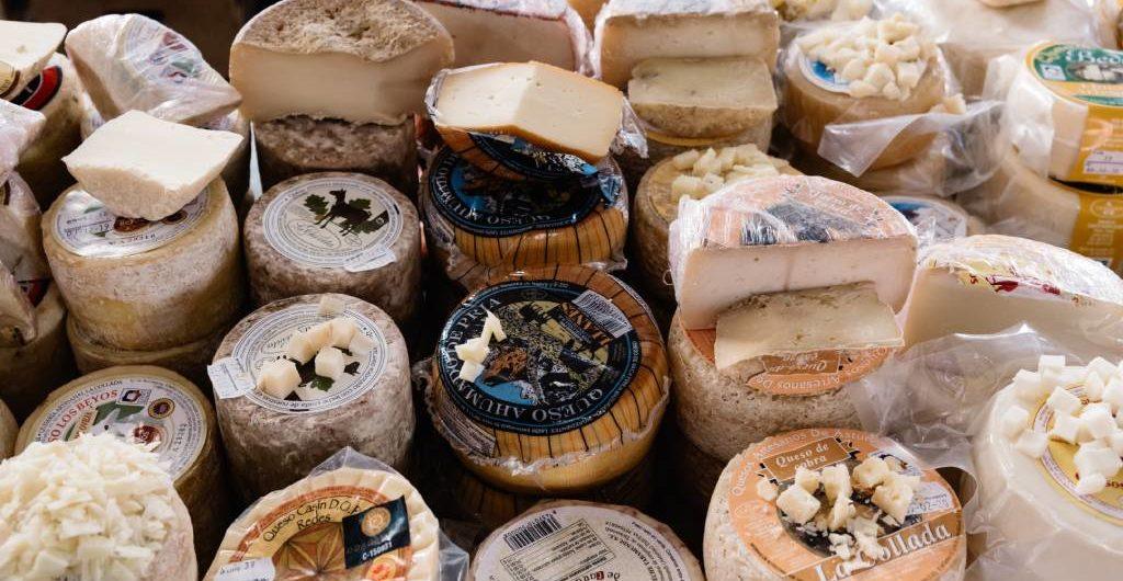 Diferentes tipos de quesos asturianos