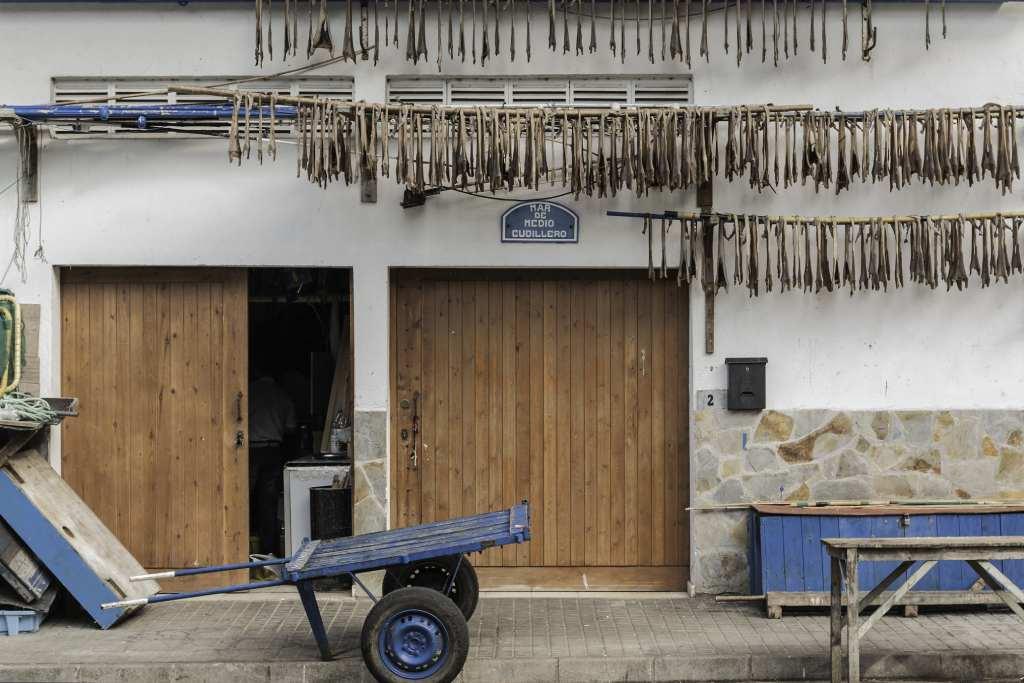 El curadillo es uno de los platos típicos de Cudillero