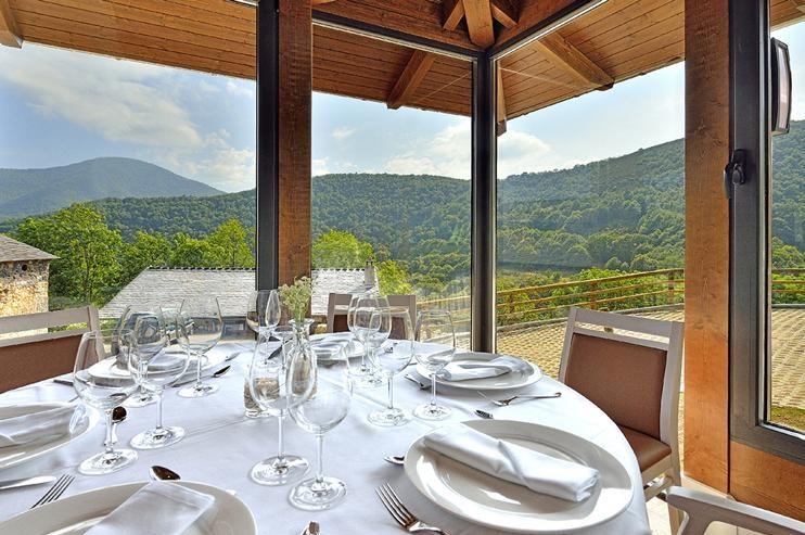 El viaje incluye comidas y cenas en restaurantes tradicionales.